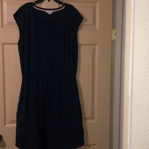 I am selling this dress.